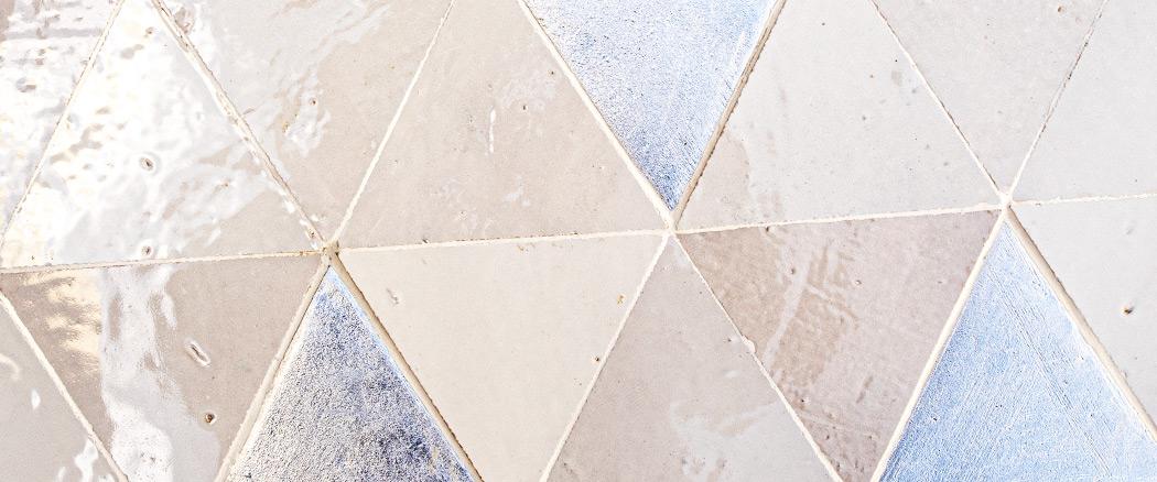 gleichseitigen Dreiecks, col. Silver+1019